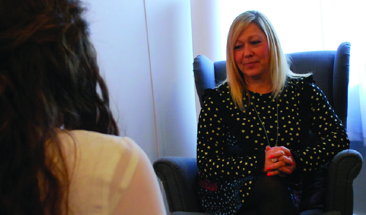 http://Lady%20receiving%20counselling